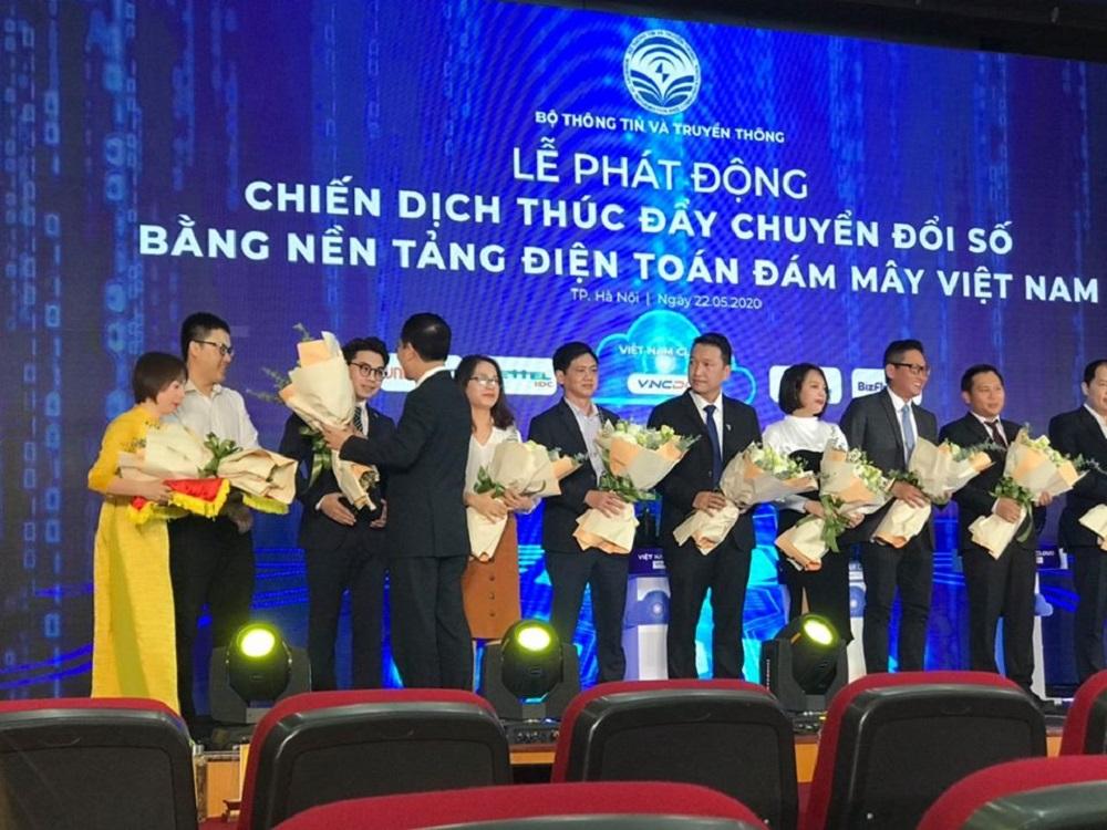 GMO-Z.com RUNSYSTEM đồng hành cùng chiến dịch Thúc đẩy Chuyển đổi số bằng công nghệ Điện toán đám mây Việt Nam
